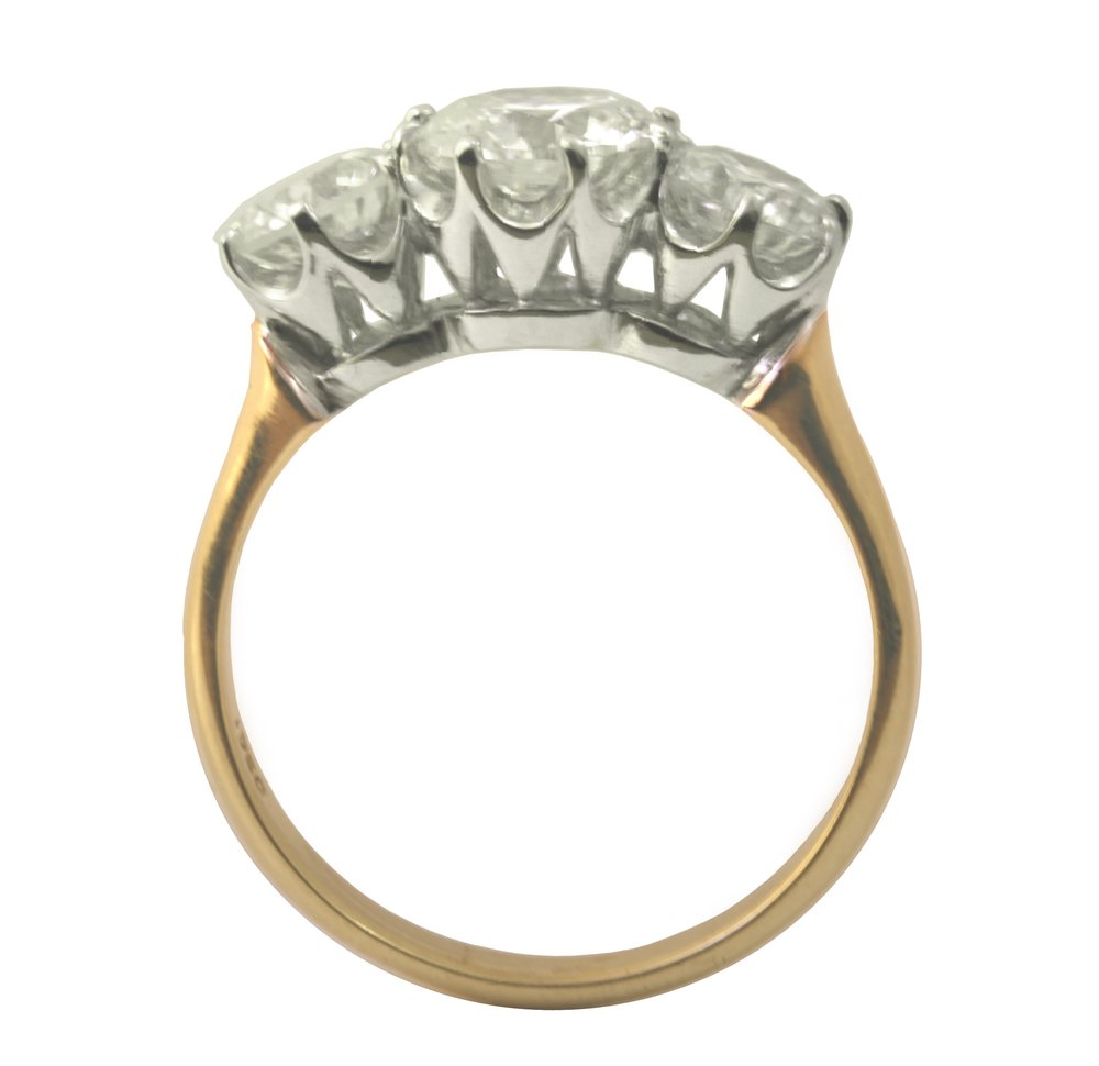 18ct Gold and 3-Stone Diamond Ring