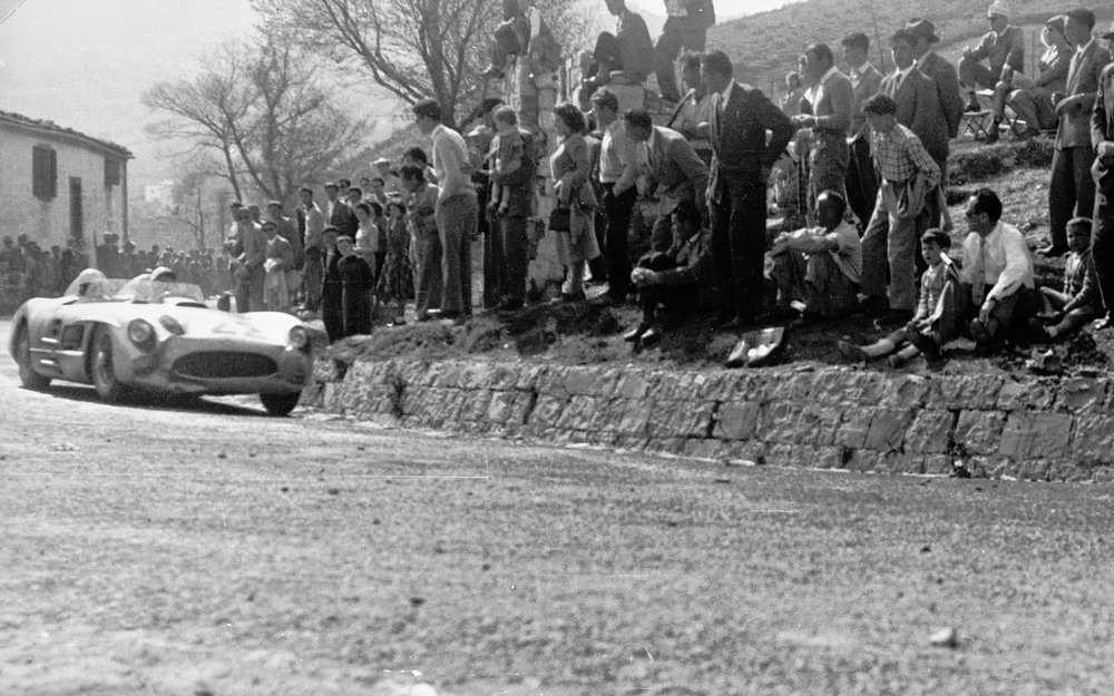 Moss 1955 racing.jpg