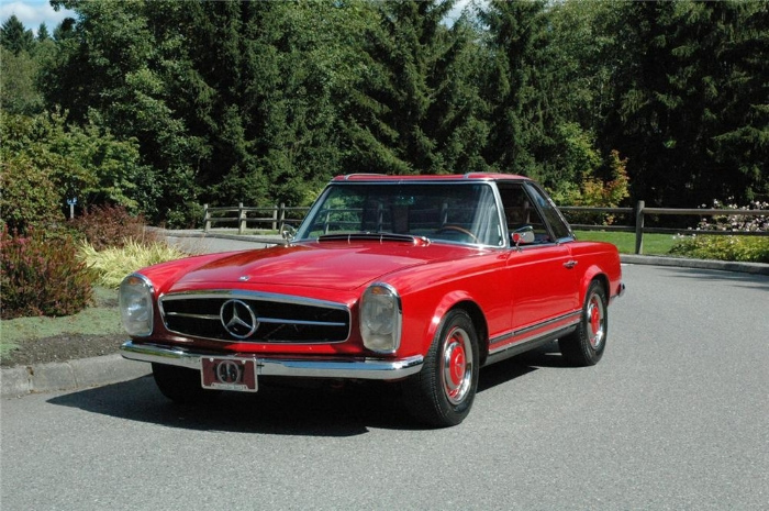 The desired and desirable Mercedes 250SL, 1967