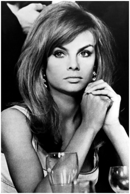 "Jean Shrimpton in 1967, ""already looking a bit old-fashioned"""