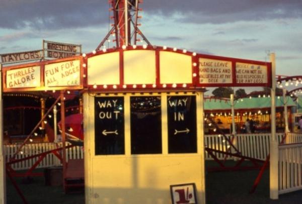 Photo: derrickjknight.com -:Mitcham fair, 1967