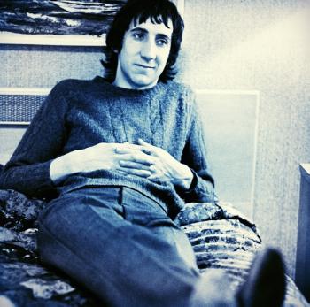 Dutronc lookalike, Pete Townshend