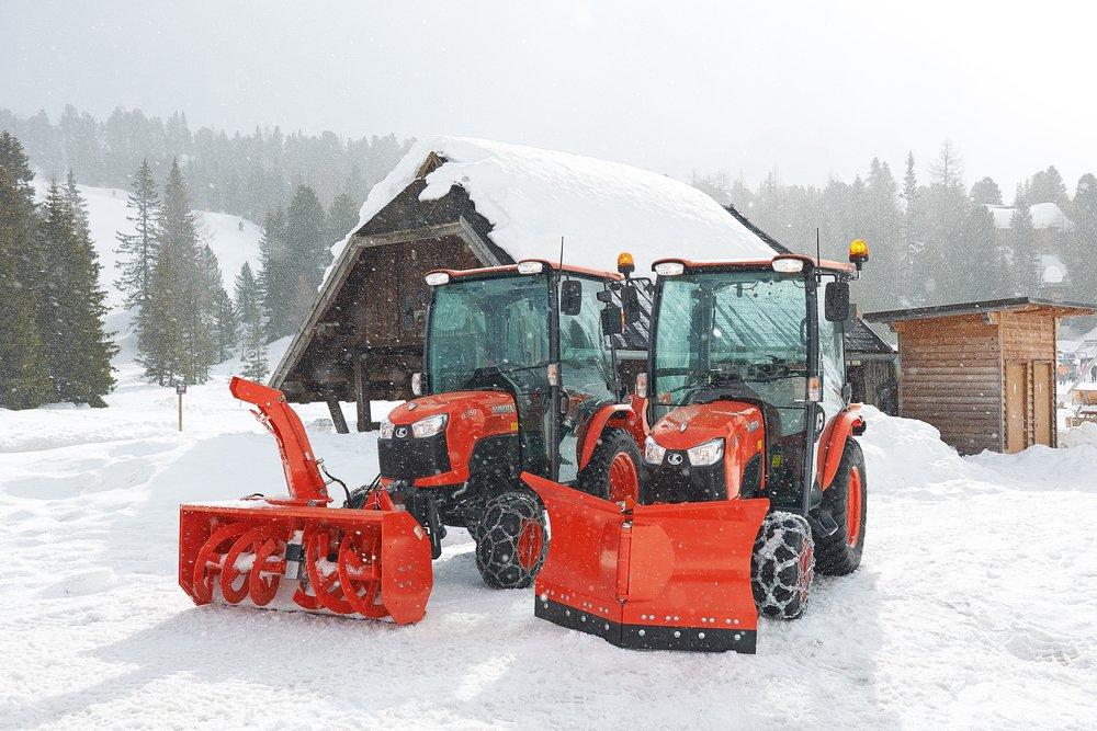 Kubota - Räumschild und Schneefräse