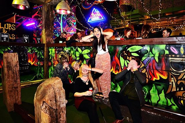 Ready for the best Saturday night around? Golf is swinging, cocktails and flowing and the DJ starts at 7pm'! ☄️🏌️ 💥Get booked in for golf at www.ghettogolf.co.uk 💥