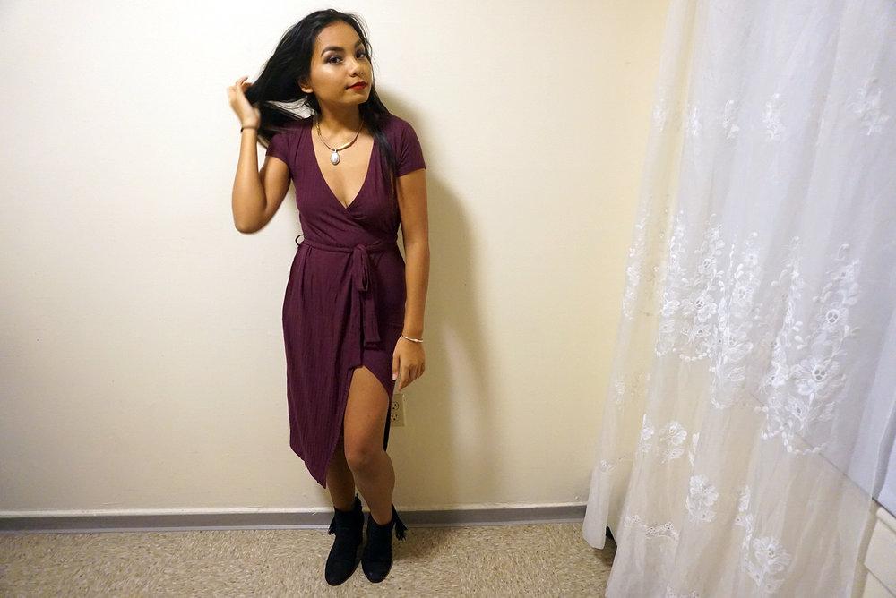 Classy-Low-Cut-Slit-Dress-Blogger-Style-LINDETENCHITRAN-9-1616x1080 .jpg