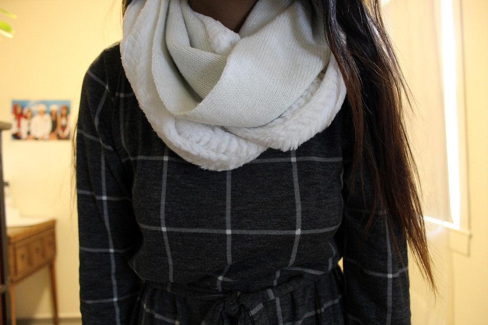 Loft-Checkered-Dress-Office-Wear-Blogger-Style-LINDATENCHITRAN-4-1620x1080.jpg