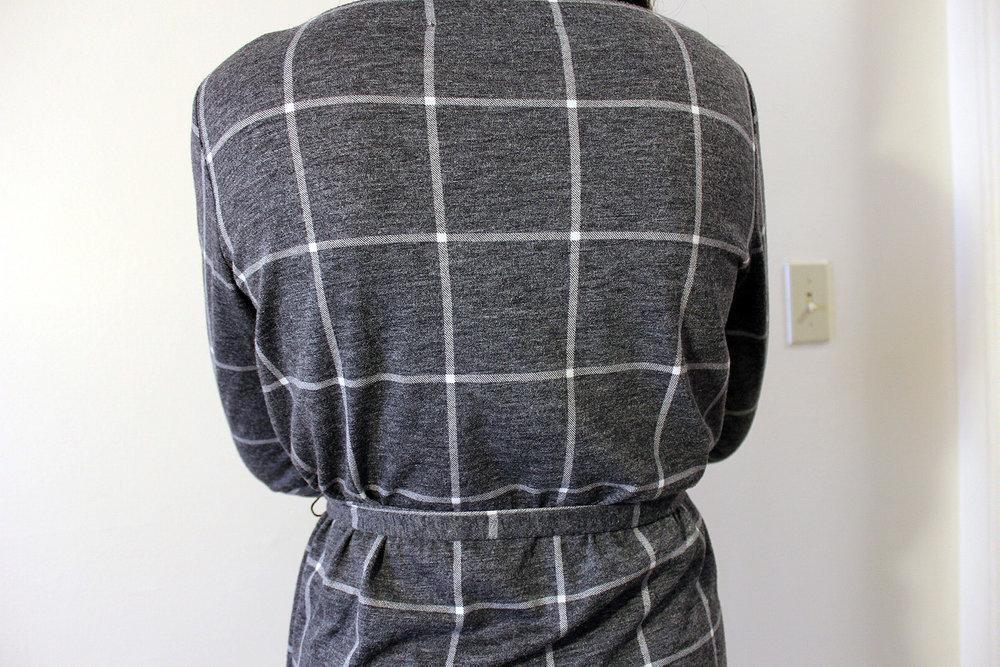 Loft-Checkered-Dress-Office-Wear-Blogger-Style-LINDATENCHITRAN-21-1620x1080.jpg