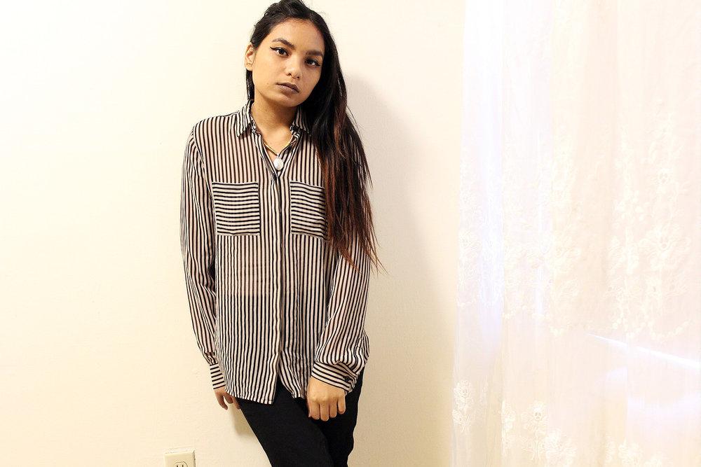 Black-Tan-Striped-Loft-Button-Up-Black-Primark-Pants-Office-Wear-Blogger-Style-LINDATENCHITRAN-9-1620X1080 .jpg