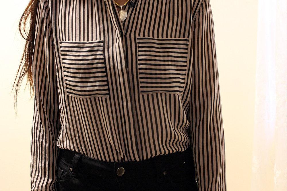 Black-Tan-Striped-Loft-Button-Up-Black-Primark-Pants-Office-Wear-Blogger-Style-LINDATENCHITRAN-13-1620X1080 .jpg