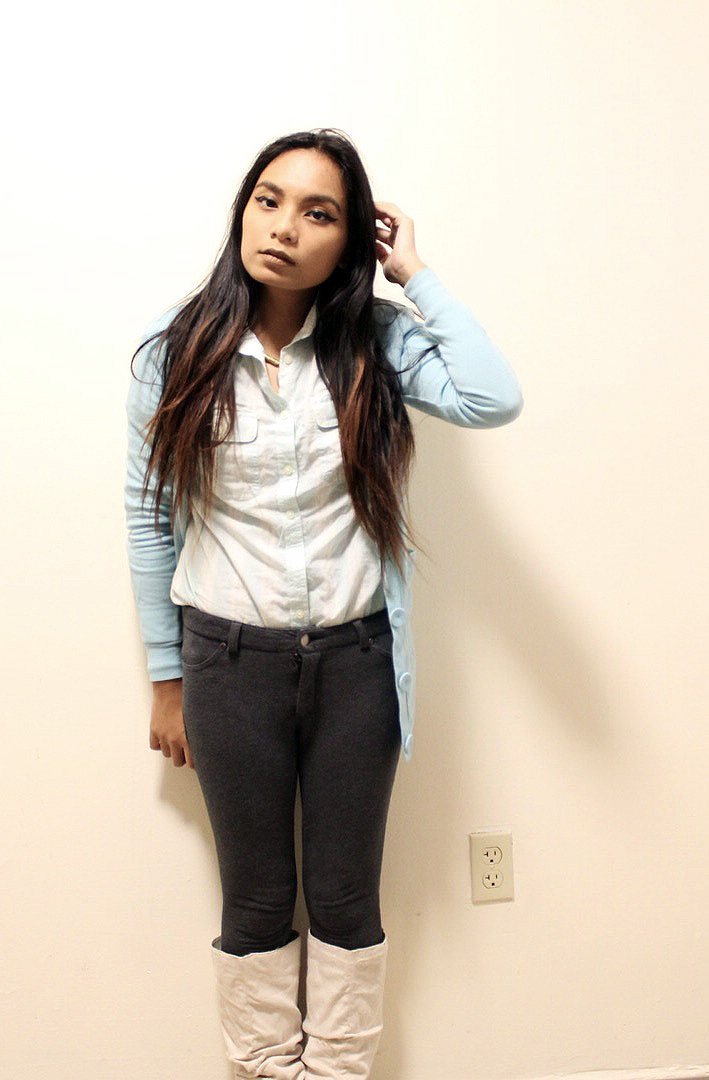 Pastel-Light-Colors-In-Winter-Blue-Cardigan-Blue-Button-Up-Gray-Pants-Blogger-Style-LINDATENCHITRAN-1-709x1080.jpg