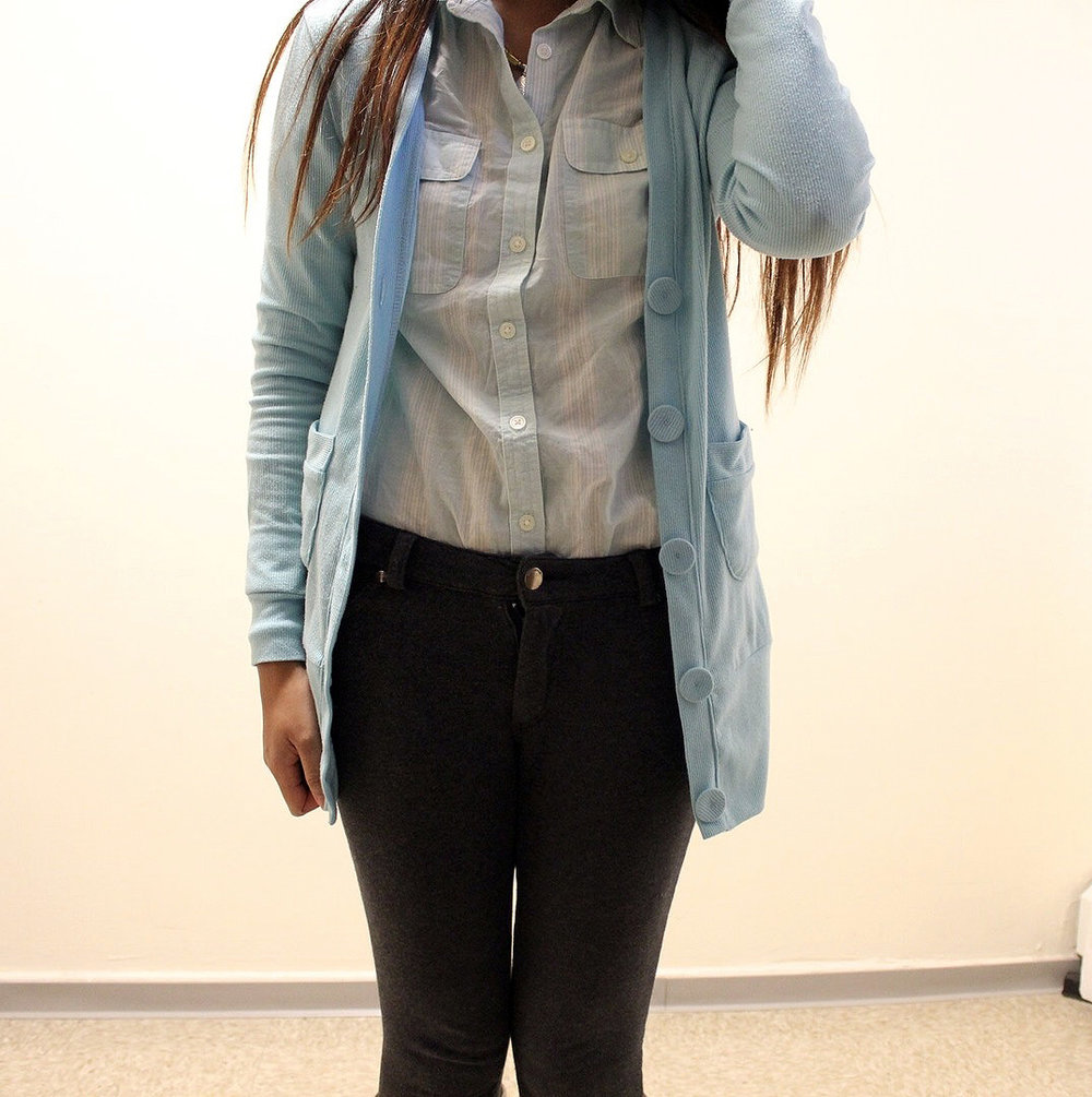 Pastel-Light-Colors-In-Winter-Blue-Cardigan-Blue-Button-Up-Gray-Pants-Blogger-Style-LINDATENCHITRAN-1-1075x1080.jpg