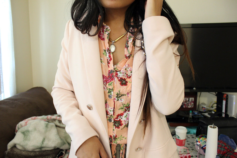 Double-Pink-Blazer-Floral-Button-Up-Tan-Pants-Blogger-Style-Office-Wear-LINDATENCHITRAN-11-1620x1080.jpg