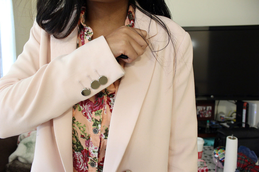 Double-Pink-Blazer-Floral-Button-Up-Tan-Pants-Blogger-Style-Office-Wear-LINDATENCHITRAN-13-1620x1080.jpg