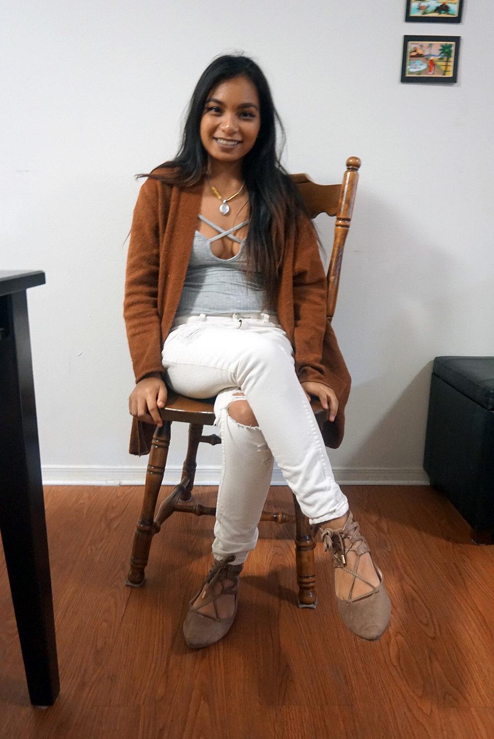 Caramel-Cardigan-Camel-Cardigan-Bodysuit-Boyfriend-Jeans-Ripped-Jeans-Blogger-Style-Casual-Look-LINDATENCHITRAN-1-1080x1616.jpg