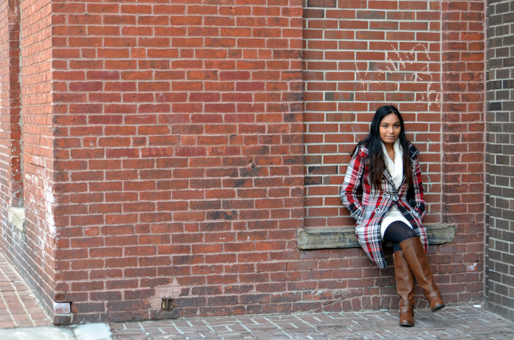 White-Sweater-Dress-Plaid-Coat-Blogger-Style-Fashion-Blogger-LINDATENCHITRAN-3-1616x1080.jpg