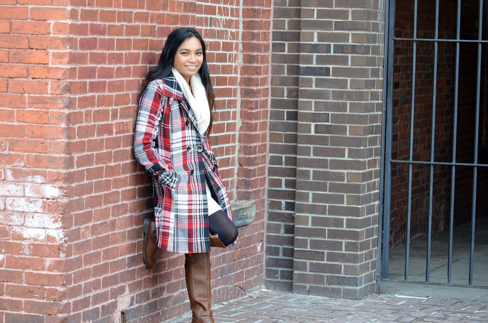 White-Sweater-Dress-Plaid-Coat-Blogger-Style-Fashion-Blogger-LINDATENCHITRAN-5-1616x1080.jpg