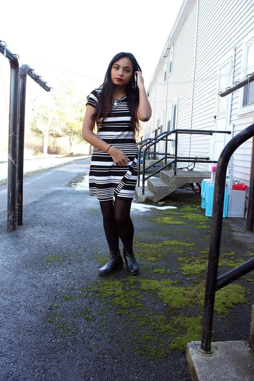 Little-Striped-Dress-Loft-Dress-Black-White-Fashionista-Blogger-Style-LINDATENCHITRAN-2-1080x1620.jpg