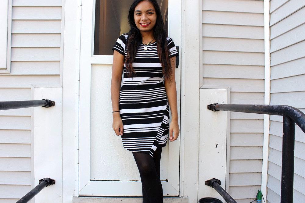 Little-Striped-Dress-Loft-Dress-Black-White-Fashionista-Blogger-Style-LINDATENCHITRAN-2-1519X1011.jpg