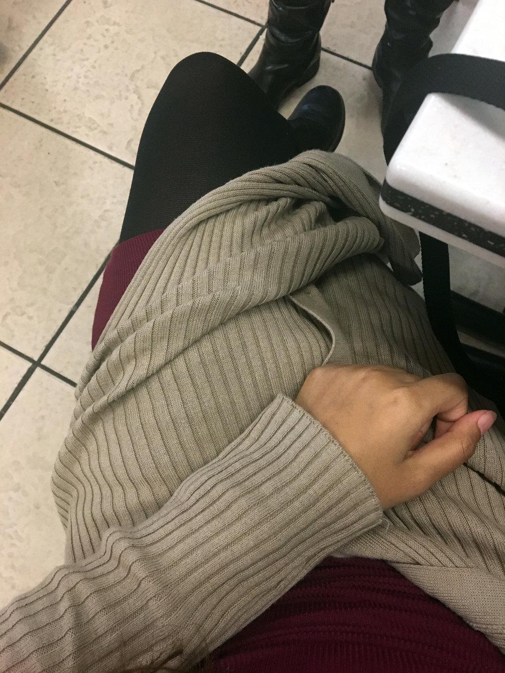 Sweater-Dresses-Long-Slit-Cardigans-Blogger-Style-LINDATENCHITRAN-6-1616X1080.jpg