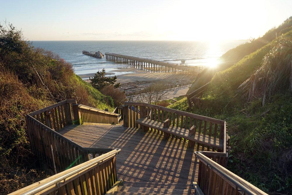 Seacliff-State-Beach-Santa-Cruz-California-Travelbug-Traveler-Blogger-Style-LINDATENCHITRAN-3-1616x1080.jpg