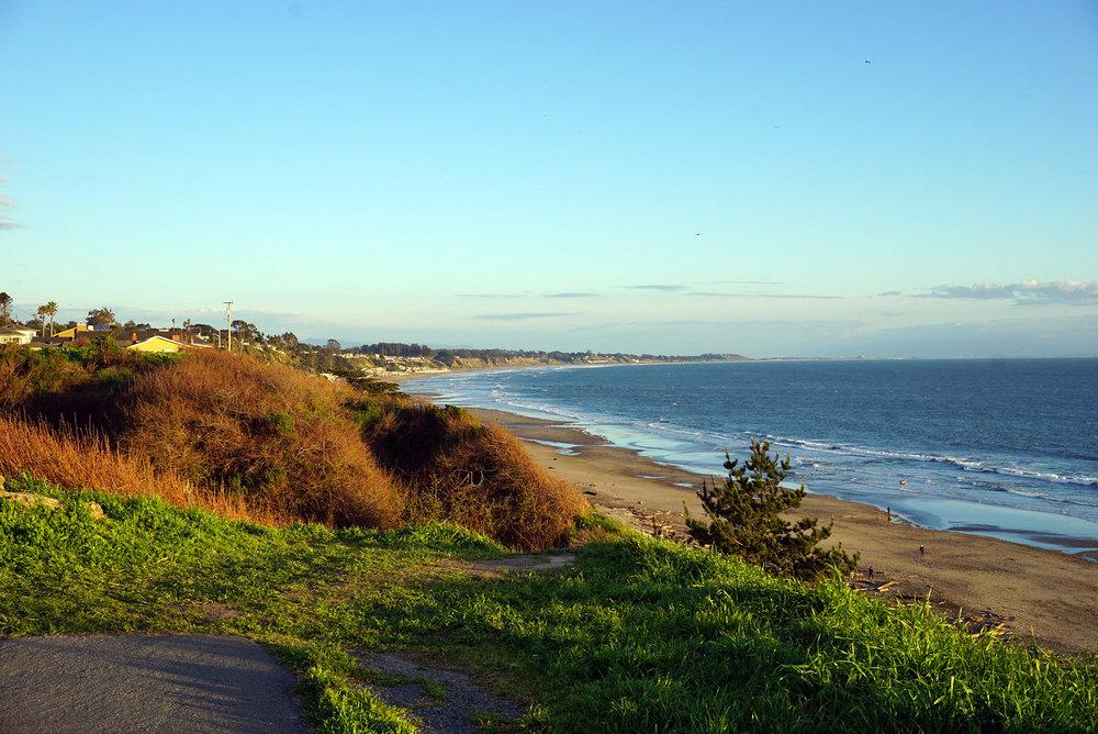 Seacliff-State-Beach-Santa-Cruz-California-Travelbug-Traveler-Blogger-Style-LINDATENCHITRAN-2-1616x1080.jpg