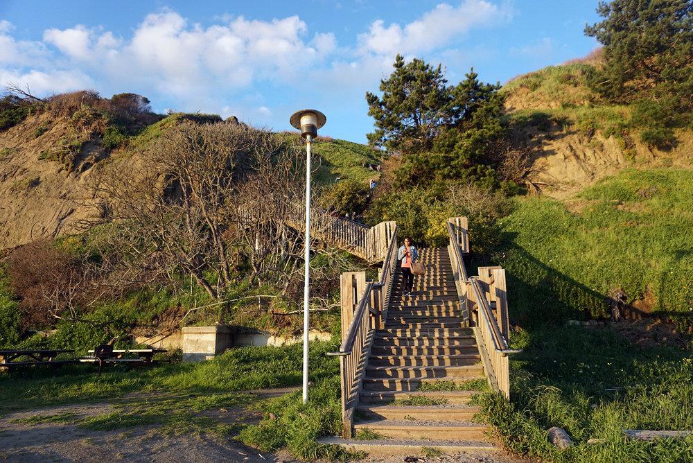 Seacliff-State-Beach-Santa-Cruz-California-Travelbug-Traveler-Blogger-Style-LINDATENCHITRAN-5-1616x1080.jpg