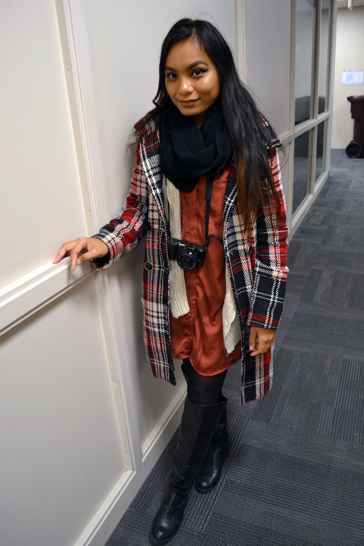 Red-Plaid-Orange-Tone-Dress-Combination-Blogger-Style-LINDATENCHITRAN-17-1616x1080.jpg