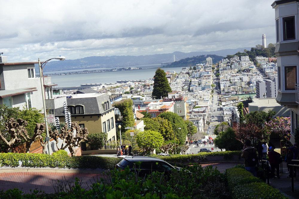 Lombard-Street-San-Francisco-California-Travel-Fast-Furious-LINDATENCHITRAN-2-1616x1080.jpg