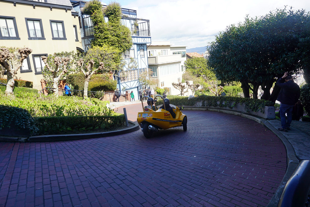 Lombard-Street-San-Francisco-California-Travel-Fast-Furious-LINDATENCHITRAN-6-1616x1080.jpg