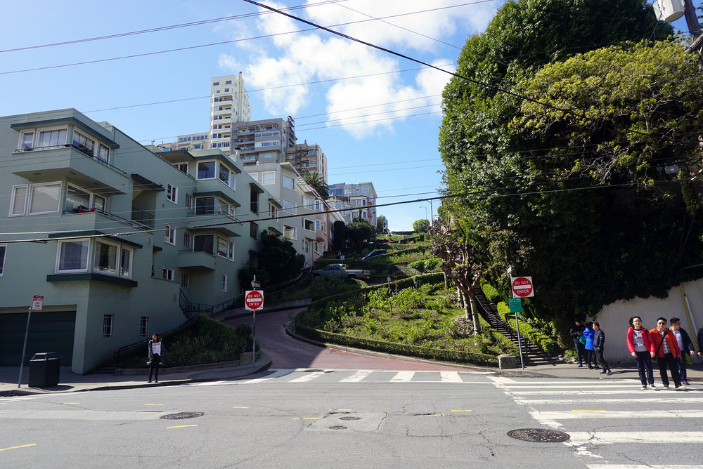 Lombard-Street-San-Francisco-California-Travel-Fast-Furious-LINDATENCHITRAN-8-1616x1080.jpg