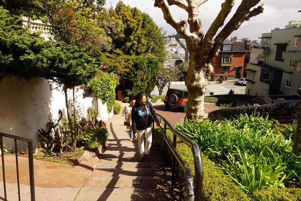 Lombard-Street-San-Francisco-California-Travel-Fast-Furious-LINDATENCHITRAN-13-1616x1080.jpg