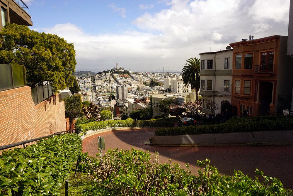 Lombard-Street-San-Francisco-California-Travel-Fast-Furious-LINDATENCHITRAN-18-1616x1080.jpg