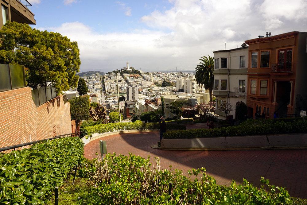 Lombard-Street-San-Francisco-California-Travel-Fast-Furious-LINDATENCHITRAN-20-1616x1080.jpg