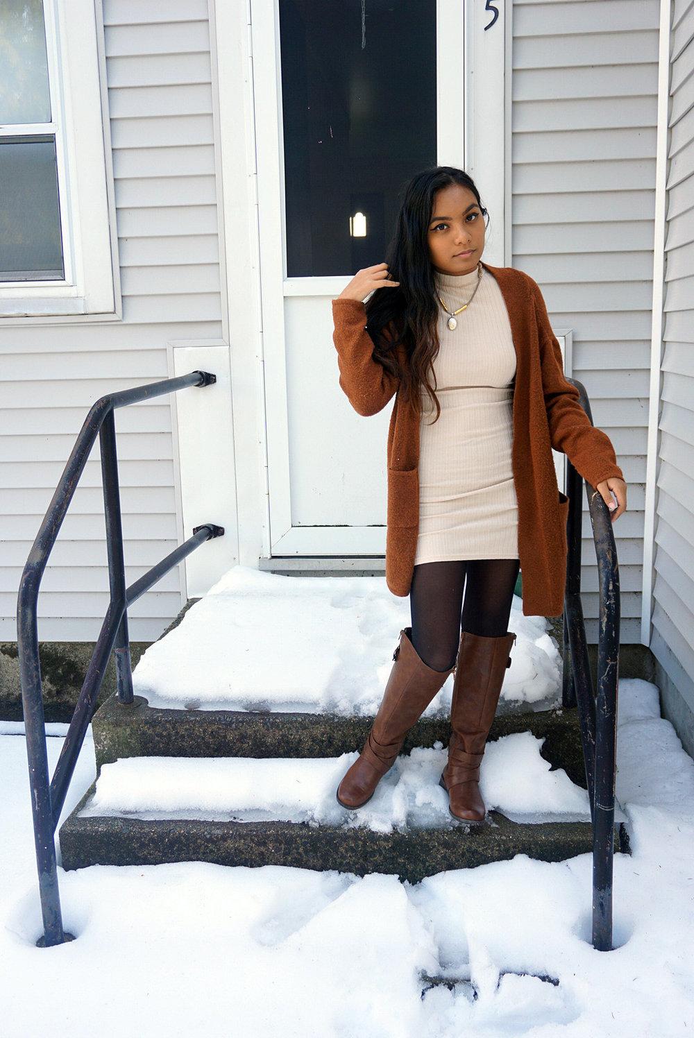 White-Dress-Caramel-Cardigan-Transitioning-To-Spring-Fashionista-Blogger-Style-LINDATENCHITRAN-1-1080x1616.jpg