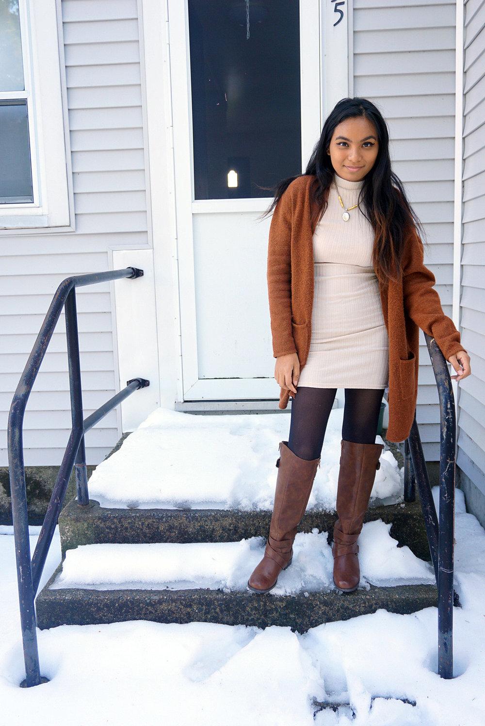 White-Dress-Caramel-Cardigan-Transitioning-To-Spring-Fashionista-Blogger-Style-LINDATENCHITRAN-2-1080x1616.jpg