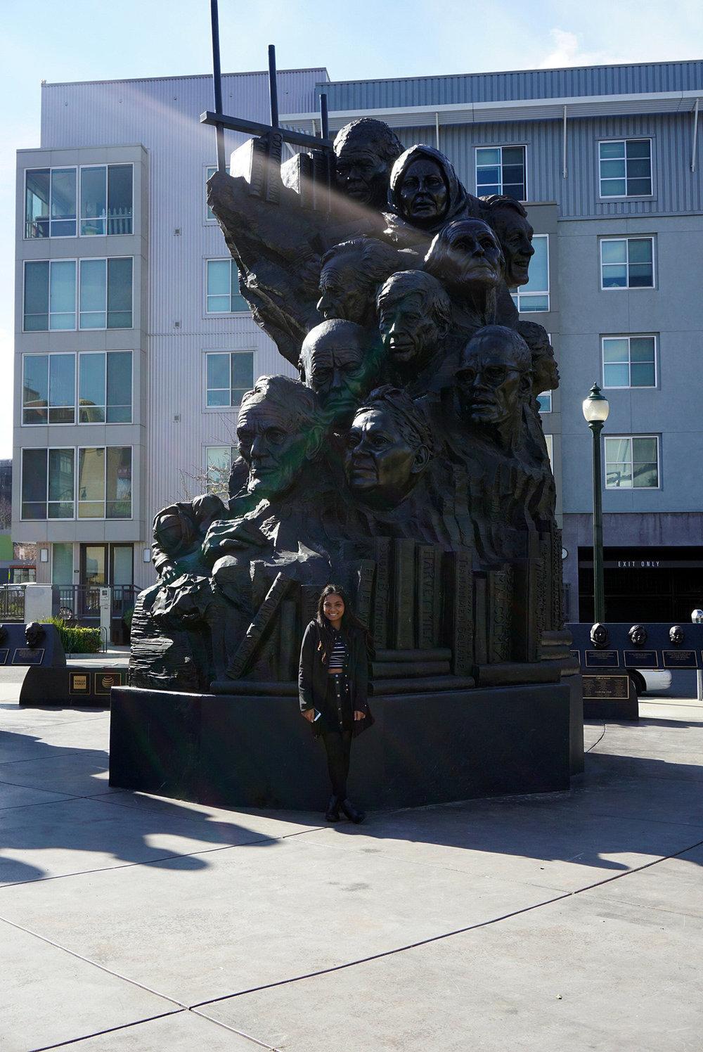 Oakland-California-Statues-Landmarks-Travel-Traveller-LINDATENCHITRAN-Blogger-5-1616x1080.jpg
