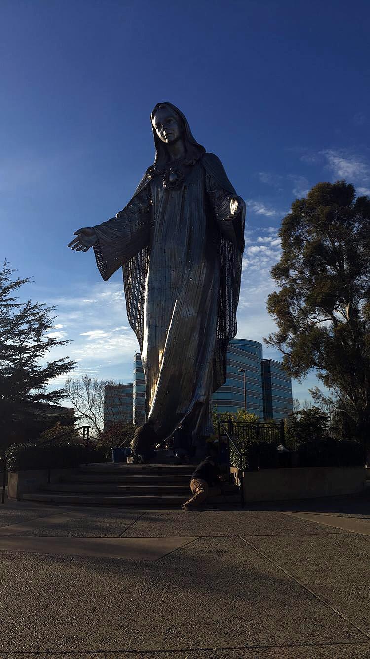 Oakland-California-Statues-Landmarks-Travel-Traveller-LINDATENCHITRAN-Blogger-15-1616x1080.jpg