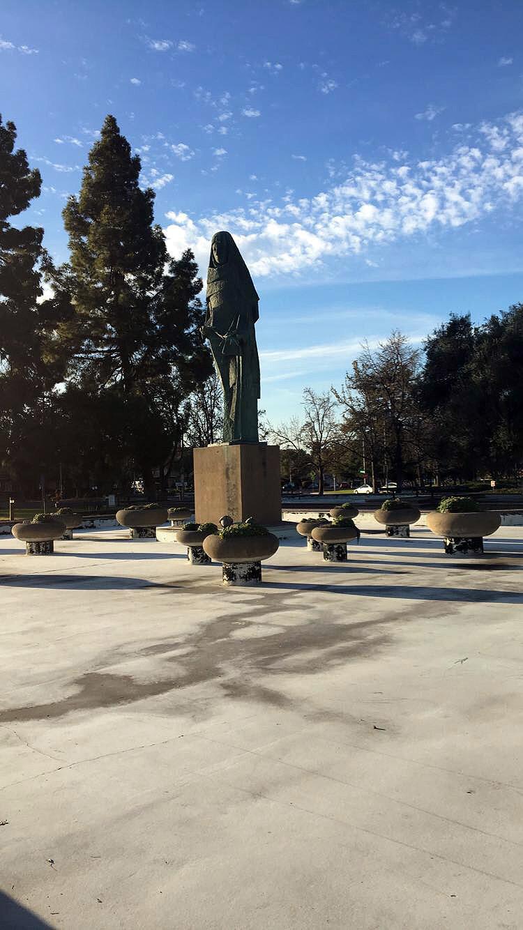 Oakland-California-Statues-Landmarks-Travel-Traveller-LINDATENCHITRAN-Blogger-20-1616x1080.jpg