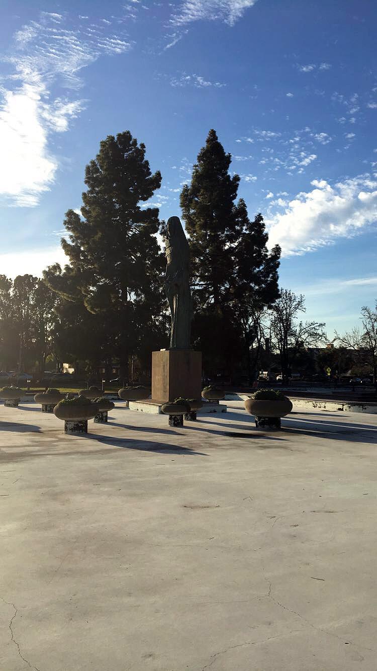 Oakland-California-Statues-Landmarks-Travel-Traveller-LINDATENCHITRAN-Blogger-19-1616x1080.jpg