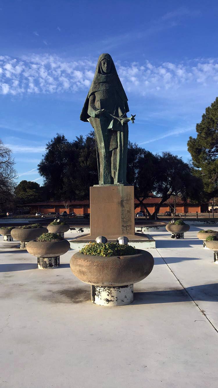 Oakland-California-Statues-Landmarks-Travel-Traveller-LINDATENCHITRAN-Blogger-21-1616x1080.jpg