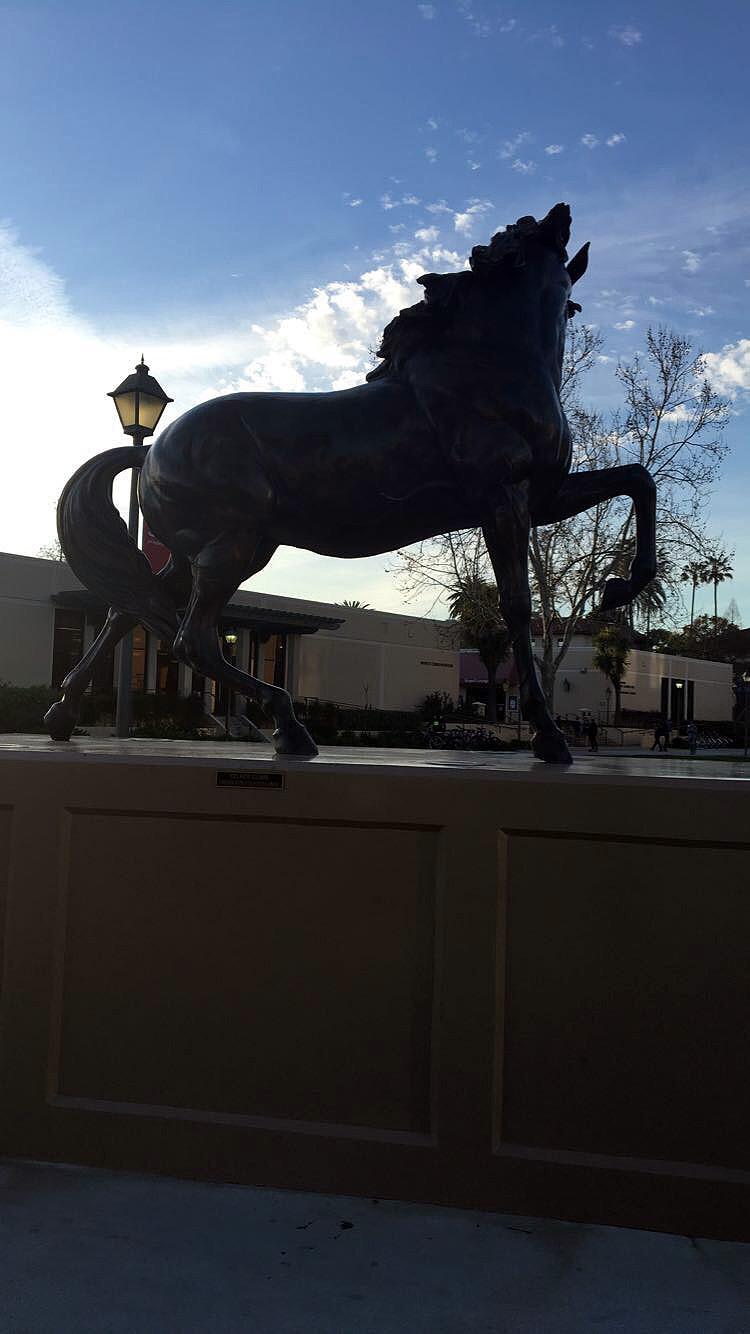 Oakland-California-Statues-Landmarks-Travel-Traveller-LINDATENCHITRAN-Blogger-25-1616x1080.jpg