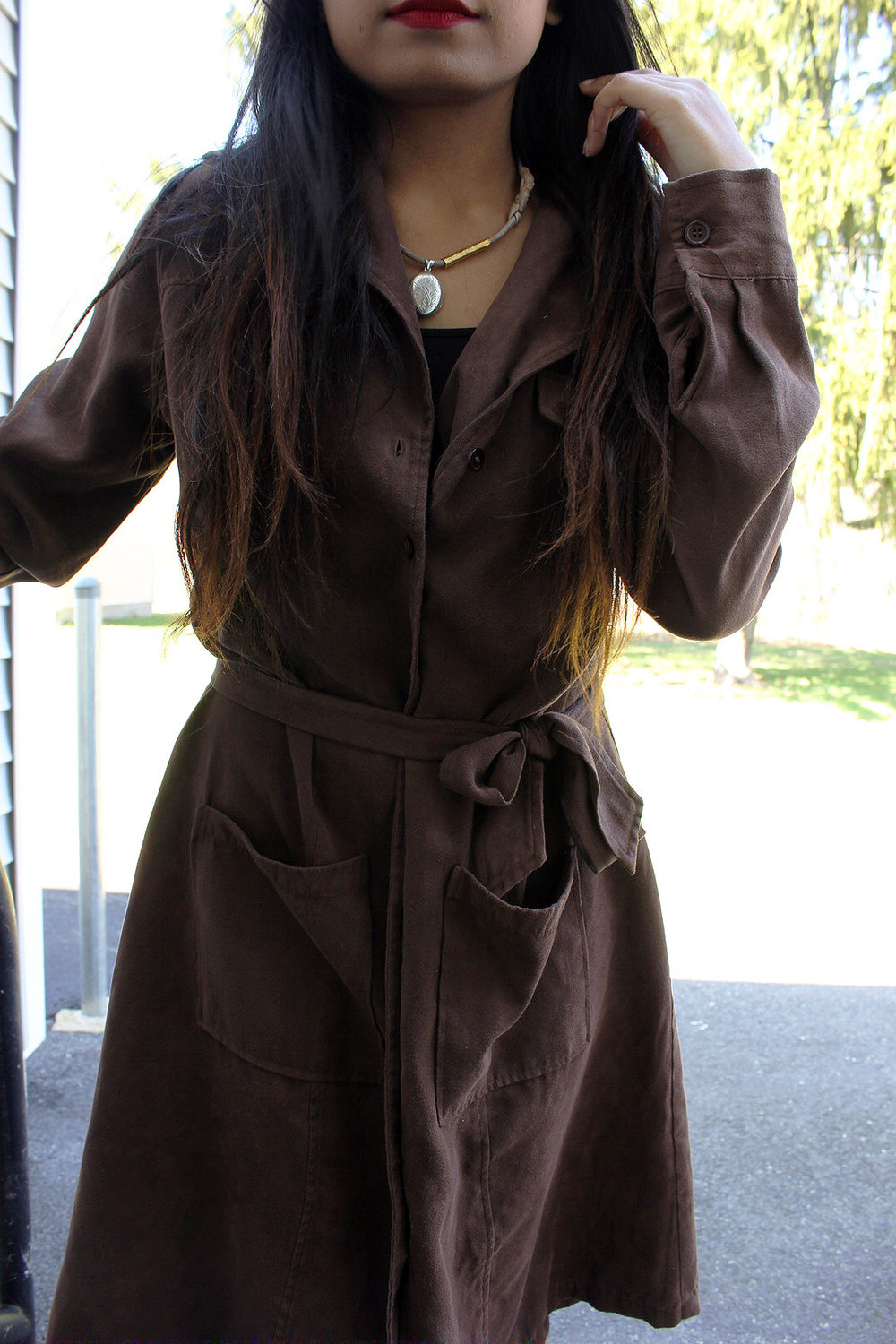 Trench-Coat-Dresses-Work-Appropriate-Office-Wear-Blogger-Style-LINDA-TENCHITRAN-7-1616x1080.jpg
