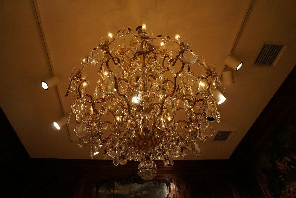 Chateau-Ramezay-Museum-Montreal-Canada-Artwork-Traveller-Travel-Blogger-Lifestyle-LINDATENCHITRAN-6-1616X1080.jpg