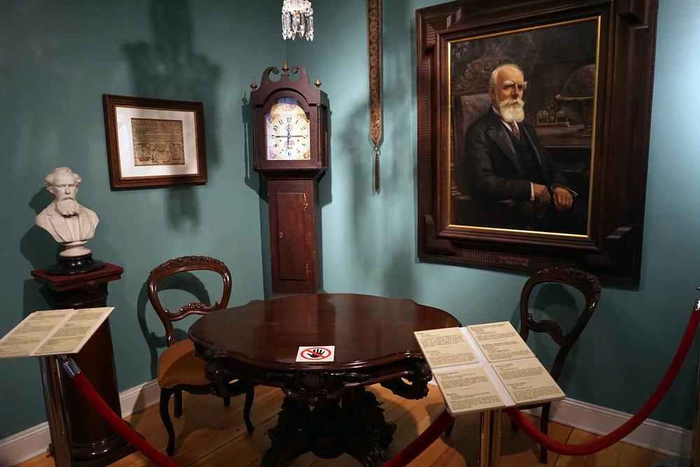 Chateau-Ramezay-Museum-Montreal-Canada-Artwork-Traveller-Travel-Blogger-Lifestyle-LINDATENCHITRAN-13-1616X1080.jpg