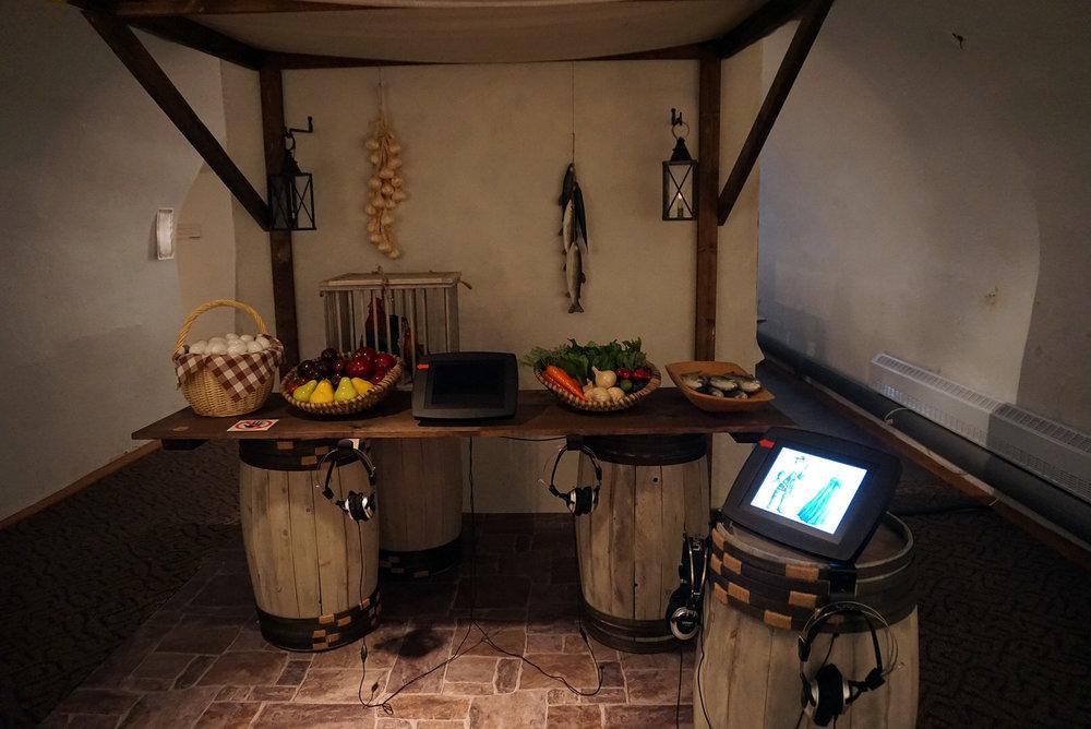 Chateau-Ramezay-Museum-Montreal-Canada-Artwork-Traveller-Travel-Blogger-Lifestyle-LINDATENCHITRAN-22-1616X1080.jpg
