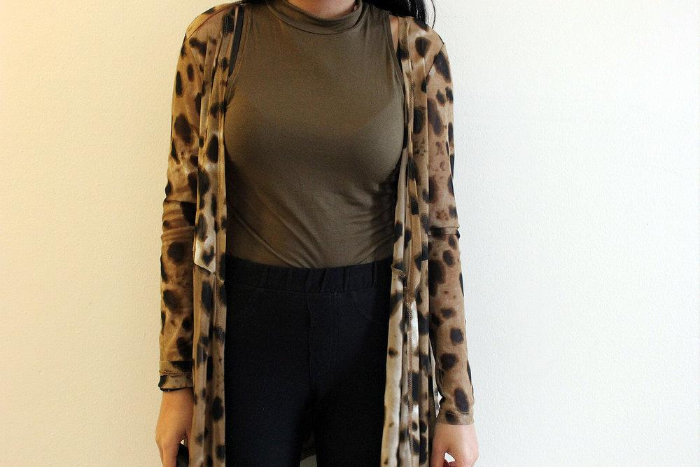 Styling-Leopard-Cardigans-Olive-Green-Bodysuit-Work-Appropriate-Office-Wear-Style-Blogger-LINDATENCHITRAN-8-1616x1080.jpg