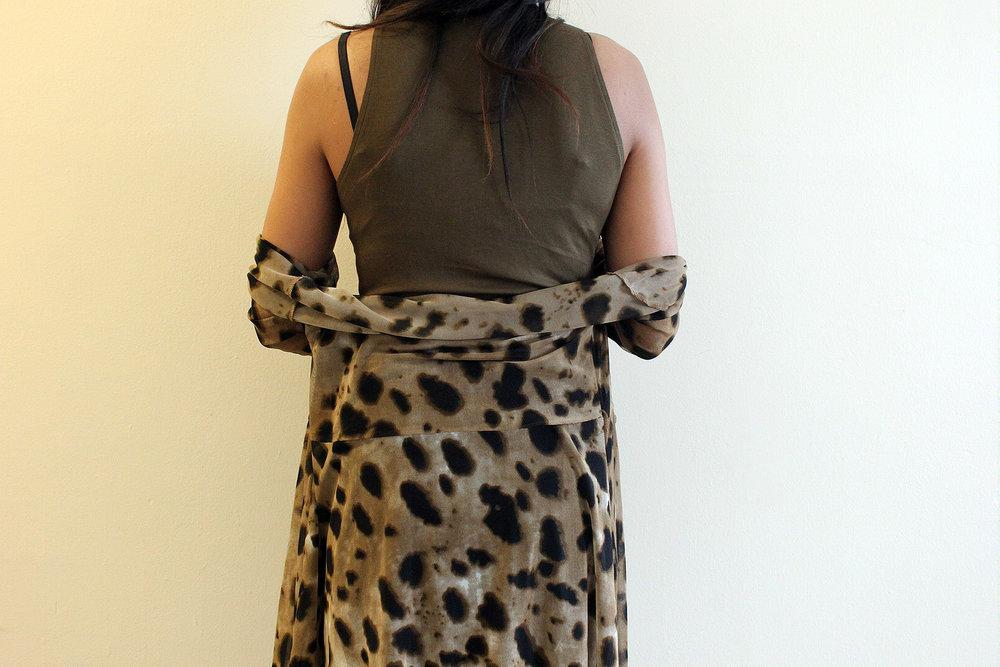 Styling-Leopard-Cardigans-Olive-Green-Bodysuit-Work-Appropriate-Office-Wear-Style-Blogger-LINDATENCHITRAN-10-1616x1080.jpg