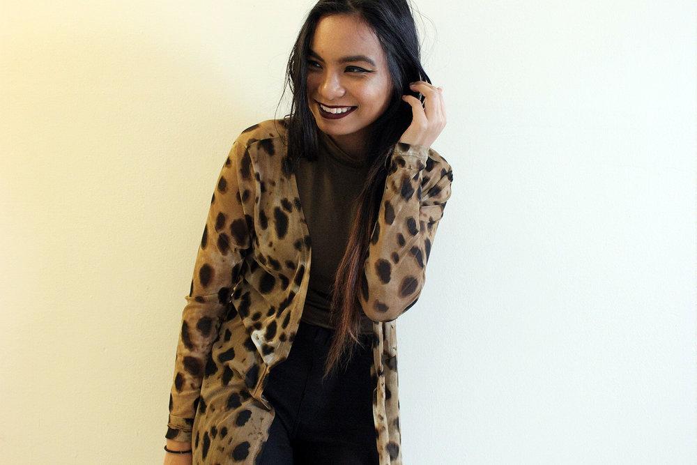 Styling-Leopard-Cardigans-Olive-Green-Bodysuit-Work-Appropriate-Office-Wear-Style-Blogger-LINDATENCHITRAN-12-1616x1080.jpg