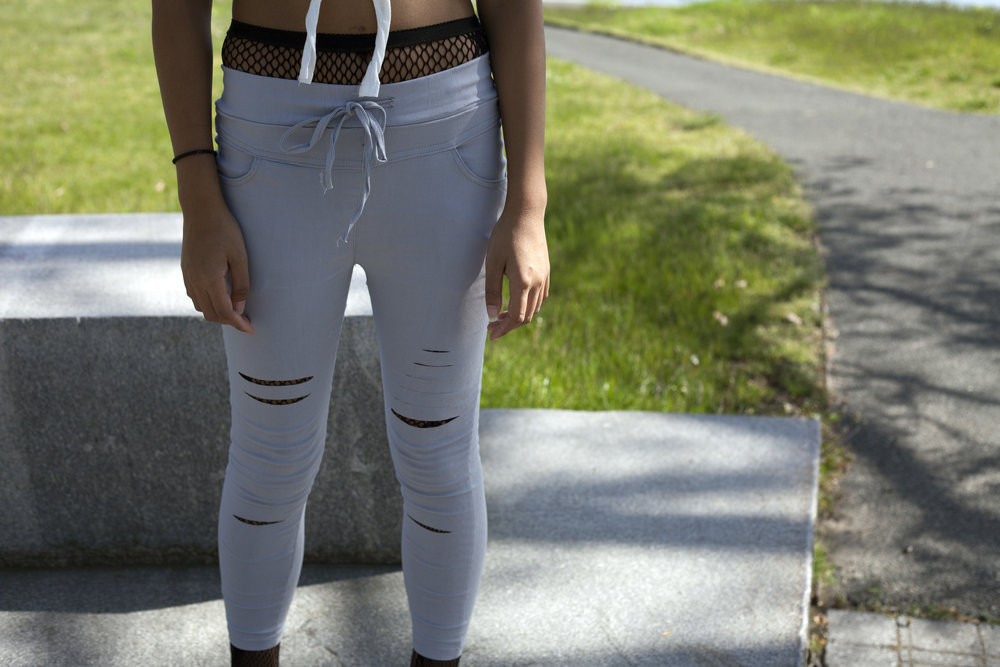 CLICK THE PHOTO TO SEE AND BUY THESE JOGGERS.