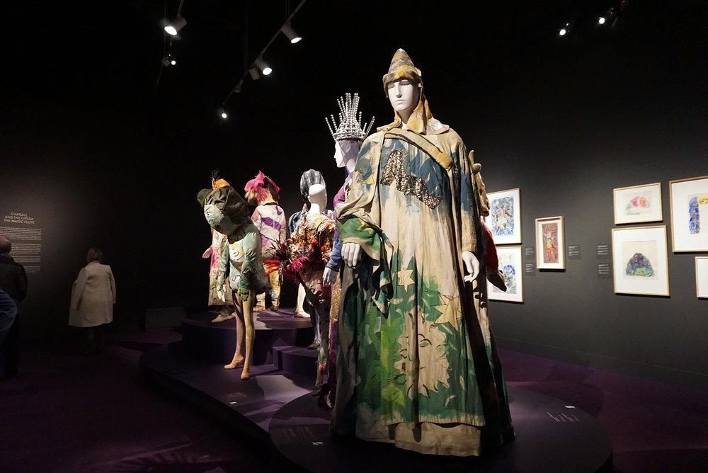 Montreal-Museum-Of-Fine-Art-Canada-Travel-Blogger-Photography-LINDATENCHITRAN-25-1616x1080.jpg